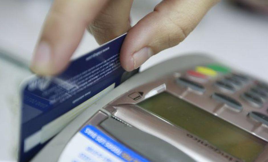 Mesura. Expertos aconsejan tener una sola tarjeta para no verse tentado a solicitar más créditos. (USI)