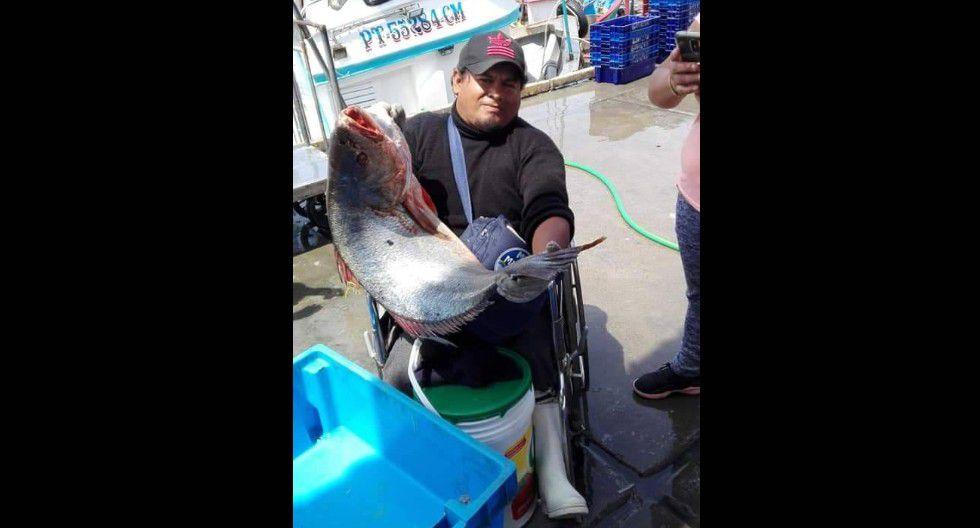 Pescador de 40 años en IIo está terminando el colegio con 'Aprendo En Casa' del MINEDU