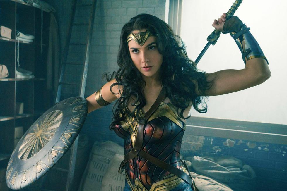 La actriz Gal Gadot, se lució en el film creando una impronta innovadora, destacando el rol de una mujer fuerte. (Warner Bros.)
