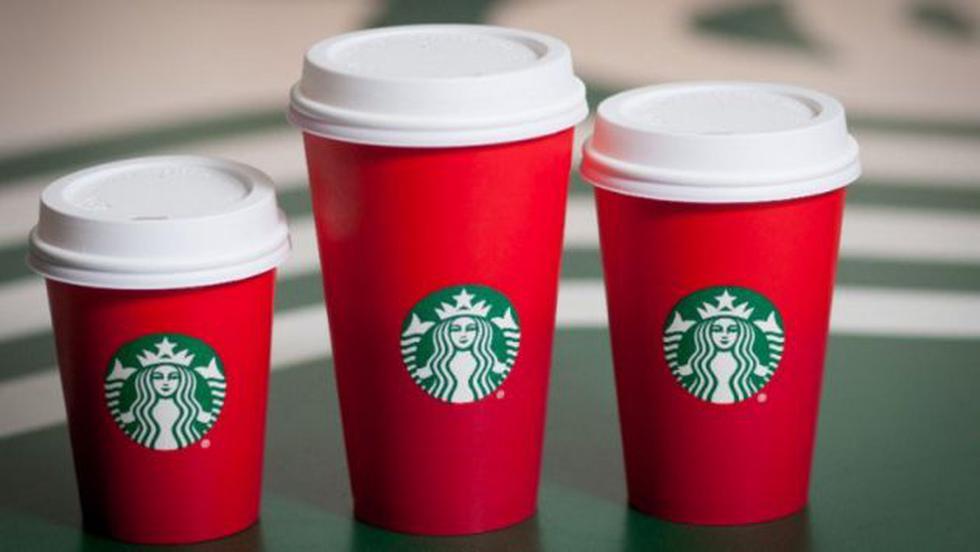 ¿Por qué las nuevas tazas navideñas de Starbucks han generado polémica en EEUU? (starbucks.com)