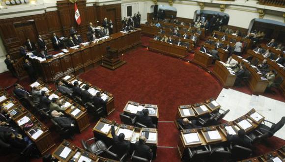 Sin convicción. El Pleno anuló la elección orillado por los reclamos y la indignación popular. (Mario Zapata)