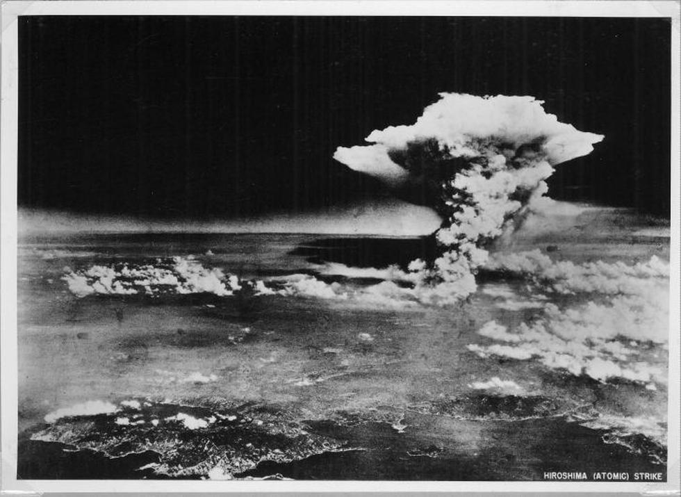 La explosión de la bomba de Hirosima tomada por el ejército estadounidense el 6 de agosto de 1945. (AP)