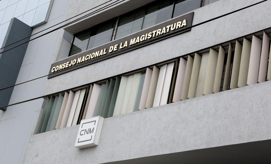 """El representante del sindicato de trabajadores de la CNM, Rubén Peche, sostuvo que esta crisis """"perjudica la imagen y buen nombre de nuestras familias"""". (USI)"""