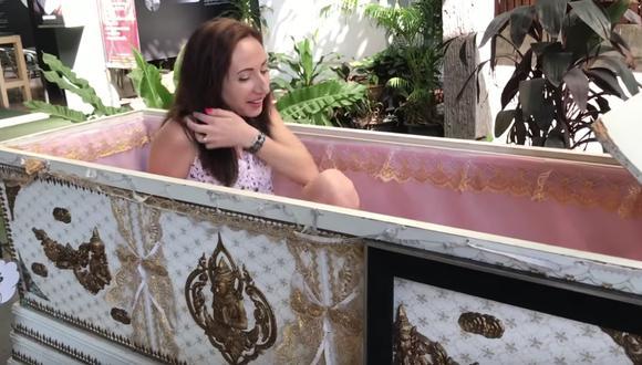 'Kid Mai: Death Awareness' es el nombre de la cafetería tailandesa que te permite estar 'muerto en vida'.  (Youtube)