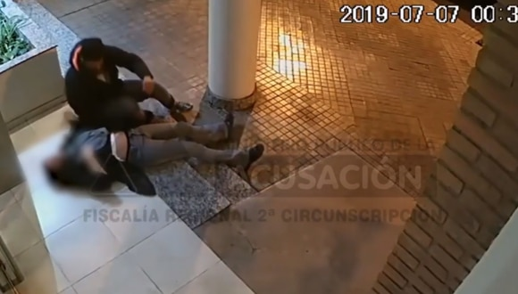 Video difundido de la agresión a mujer. (Foto: Captura Youtube)
