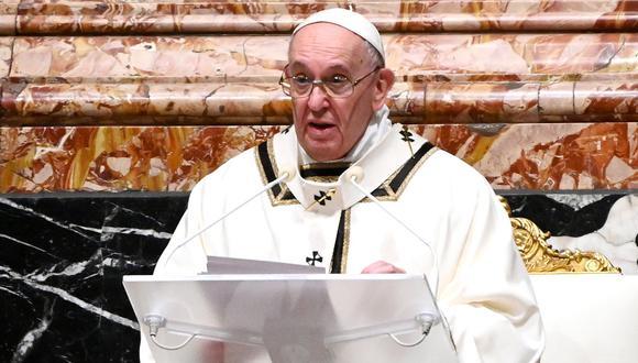 """El papa Francisco aseveró este martes que """"toda persona descartada es un hijo de Dios"""" a poco de debatirse un proyecto para aprobar el aborto. (Foto: Vincenzo PINTO / POOL / AFP)"""