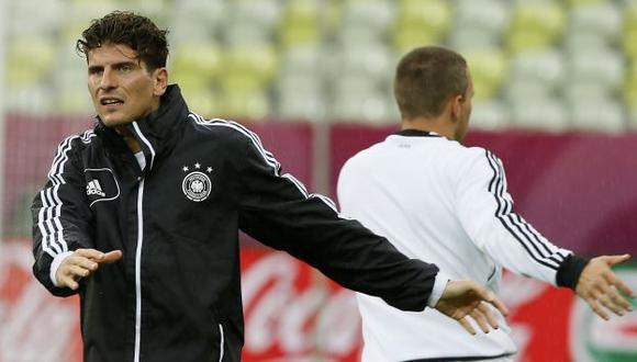 'SUPERMARIO'. Gómez irá por su cuarto gol en la Euro. (AP)
