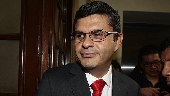 Santiago Gastañadui presentó proyecto que prohíbe postulación de denunciados y sentenciados. (David Vexelman)