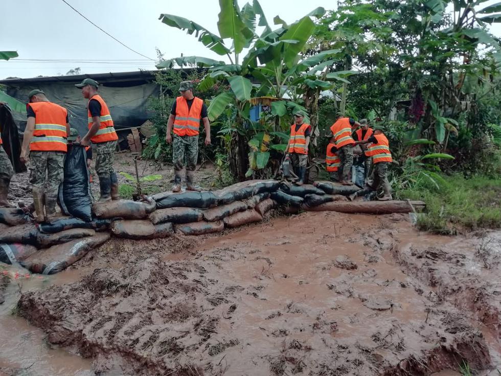 El Ejército realizó labores de limpieza, encauzamiento y descolmatación en el río Eneñas. (Foto: Ejército del Perú)