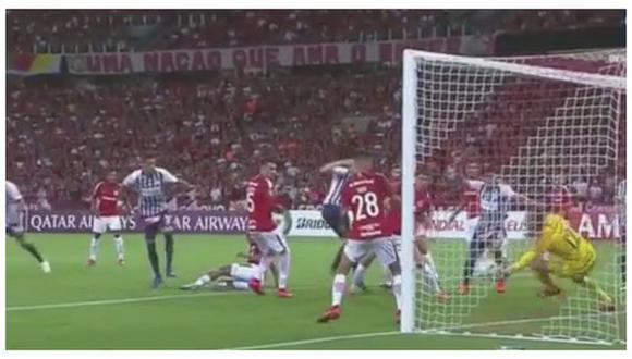 La gran atajada de Lomba para impedir el empate de los 'íntimos': (Captura de TV)