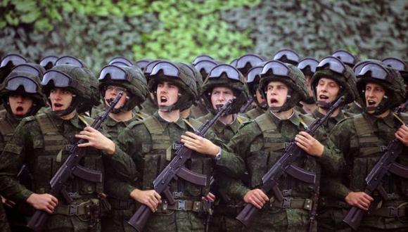 Los militares participan en los ejercicios militares conjuntos ruso-bielorrusos Zapad, en el 2017. (Foto: AFP)