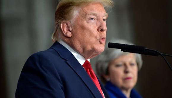 Trump se rectificó por sugerir que el servicio de salud público británico podría formar parte de las negociaciones sobre un acuerdo comercial entre Reino Unido y EE.UU. (Foto: EFE)