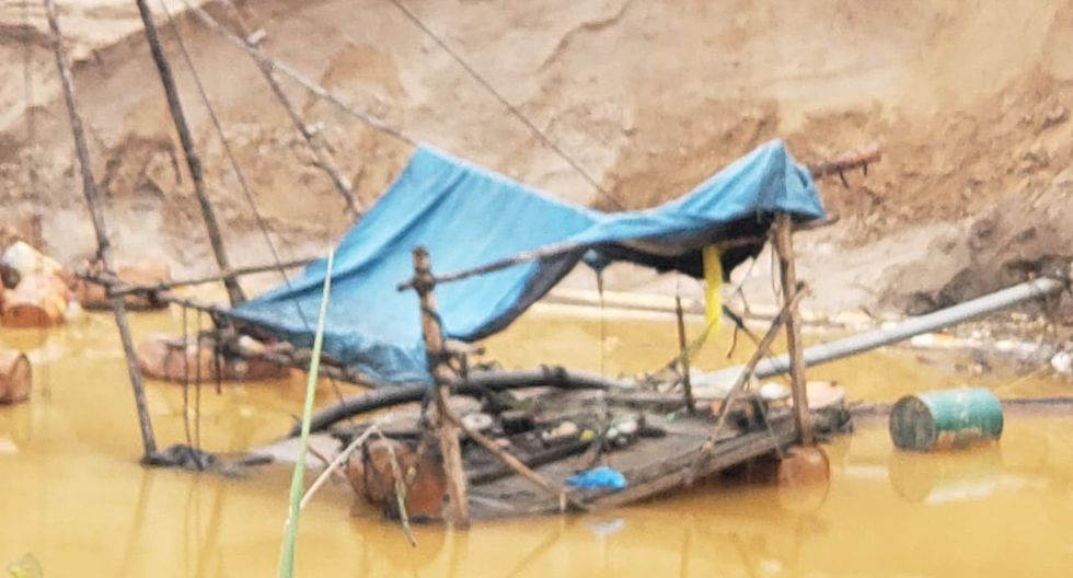 Inutilizan equipos por más de un millón de soles en operativo contra minería ilegal en Madre de Dios. (Mininter)