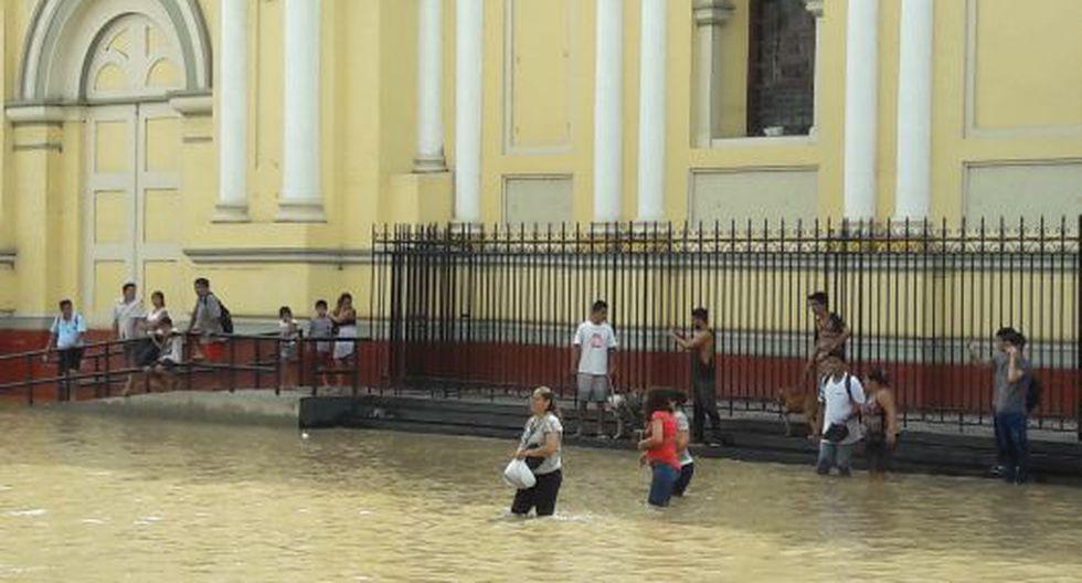 Las lluvias causaron estragos hasta en el centro de Piura. (USI)