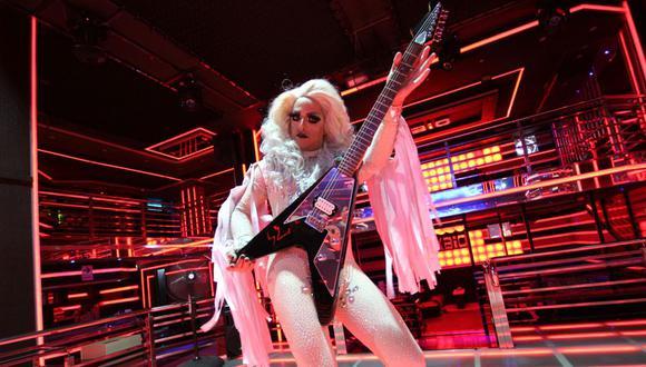 """Pelo Madueño, vestido de 'drag queen' en el videoclip de """"Ay, amor"""". (Foto: Difusión)"""
