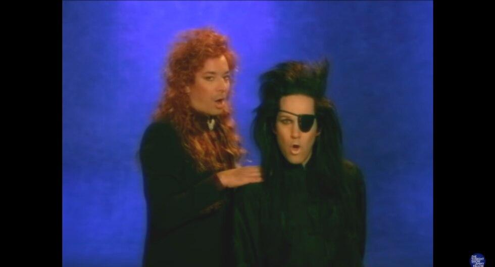 """Paul Rudd y Jimmy Fallon recrean el videoclip """"You Spin Me Round"""" de """"Dead or Alive"""". (Foto: Captura de pantalla)"""