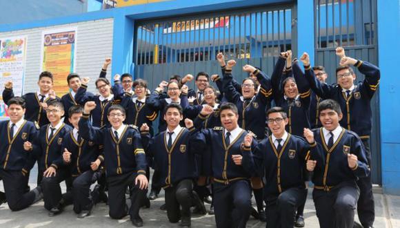 Alumnos del Colegio Juan Pablo Peregrino. (Foto: Andina)
