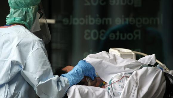 Esto es todo lo que se sabe de la nueva cepa de coronavirus surgida en Reino Unido. Foto: EFE/EPA/JULIEN WARNAND