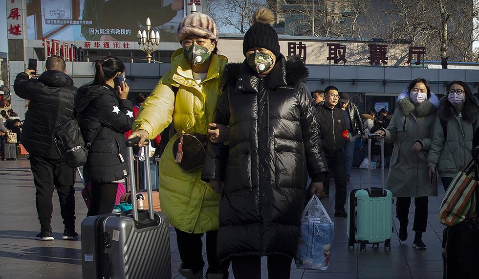China informó el lunes un fuerte aumento en el número de personas infectadas con un nuevo coronavirus, incluidos los primeros casos en la capital, Beijing. (Foto: AP)