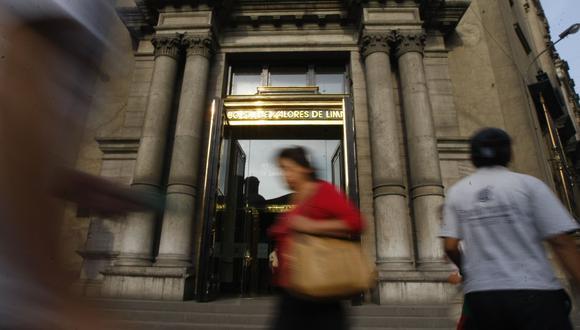 El índice S&P/BVL Perú General subía hoy un 0.64%. (Foto: GEC)