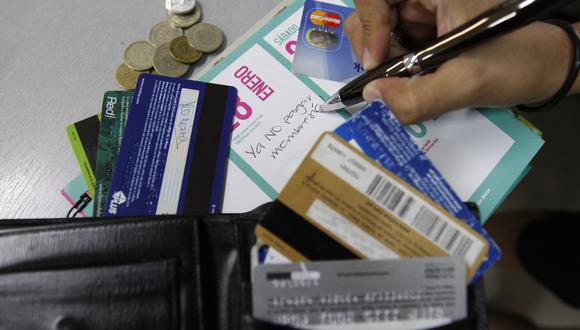 La SBS prepublicó la obligatoriedad para que los bancos ofrezcan, por lo menos, una tarjeta de crédito sin membresía. (Foto: GEC)