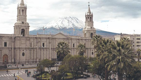 Todo listo. A fin de mes, Fujimori y Castillo viajarán hasta Arequipa para el debate presidencial. (Foto: GEC)