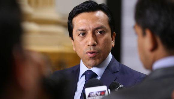 Gilbert Violeta reclamó por las medidas de seguridad alrededor del Congreso (GEC).
