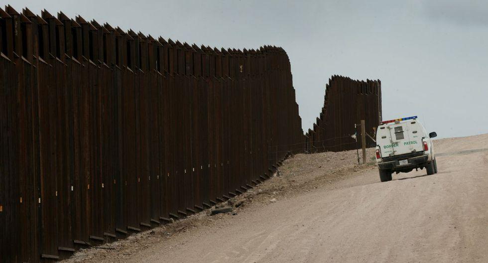 Las labores para erigir el muro en esta zona de Arizona se iniciaron el mes pasado. (Foto referencial: AFP)