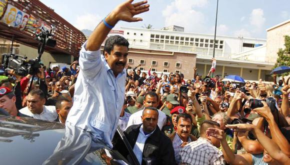Villancico a Maduro se difunde en medio de las decisiones del gobierno por controlar los precios. (Reuters)