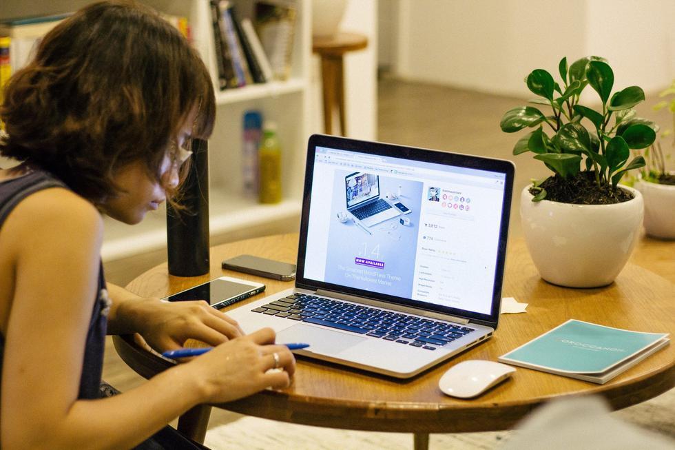 Con el fin de ayudar a mantener la continuidad operativa de las empresas, evite riesgos de seguridad informática en el entorno doméstico. (Foto: Pixabay)