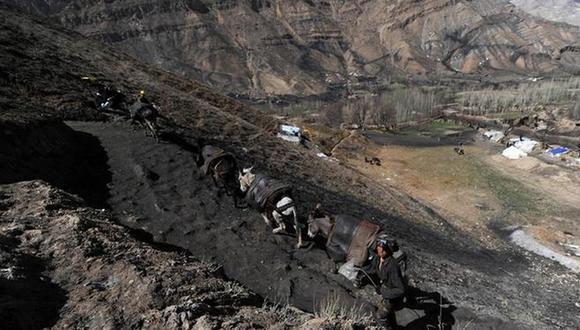 La minería ilegal es común en Afganistán, un país rico en recursos. (Foto referencial: AFP).