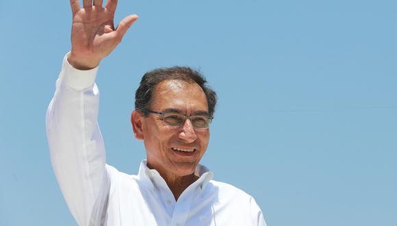 Martín Vizcarra casi duplicó su popularidad en comparación al mes de julio. (FOTO: USI)