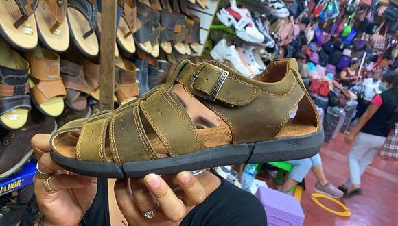 Crece la preferencia de sandalias en vez de calzados de vestir en el país, debido al teletrabajo en medio de la pandemia del COVID-19. (Foto: GEC)