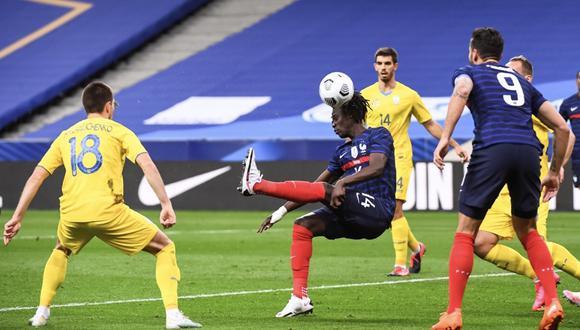 Eduardo Camavinga anota su primer gol con la selección de Francia