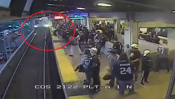 El video del rescate se ha viralizado en redes sociales.