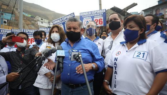 César Acuña declaró tras participar en una actividad de campaña en el distrito de San Juan de Lurigancho. (Foto: Britanie Arroyo/ @photo.gec)