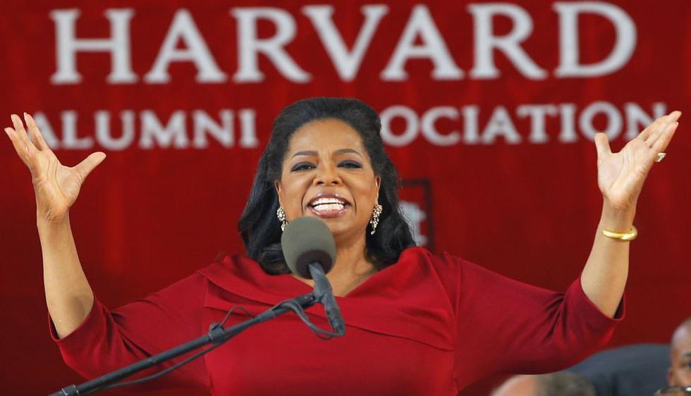 La diva de la televisión estadounidense Oprah Winfrey se corona este año como la celebridad más poderosa del mundo. (Reuters)