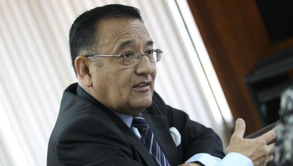 Gastón Soto Vallenas explica la posición del CNM. (USI)