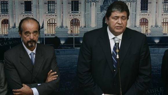 SE ENFRENTA A SU JEFE. Mulder recuerda que los principales dirigentes apristas fueron reelegidos. (Rochi León)