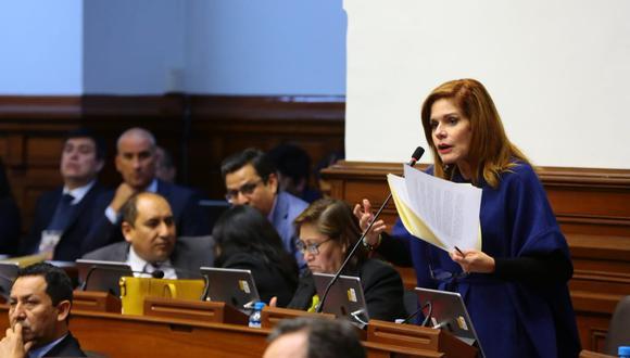 """Araozindicó que la cuestión de confianza debe entenderse como un """"un instrumento de motivación para el diálogo"""" entre el Ejecutivo y el Legislativo.(Foto: Congreso)"""