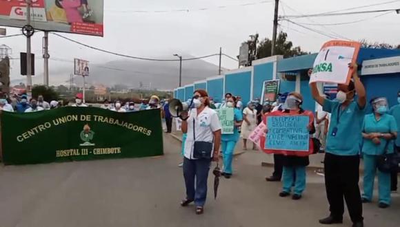A pesar que el gerente de EsSalud Áncash, Ramón de la Cruz Castillo, anunció la llegada de las vacunas a la ciudad de Chimbote, el personal de salud no cree en dicha versión hasta que no las obtengan (Foto: Difusión)