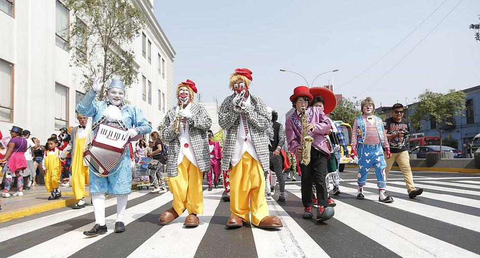 'Día del payaso peruano': Avenida Abancay se vistió de color por esta fecha. (Anthony Niño de Guzmán)