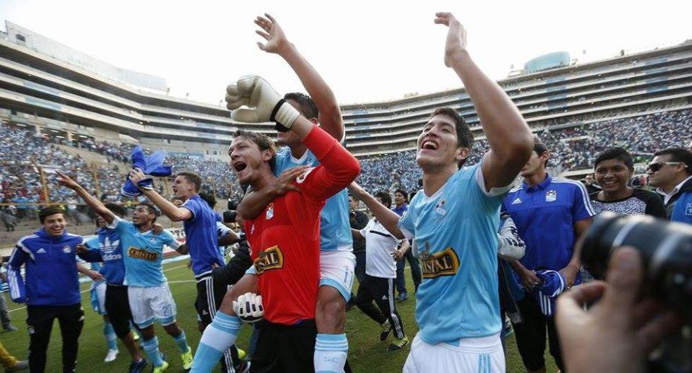 Sporting Cristal se coronó campeón del Torneo Apertura al igualar 0-0 con Universitario de Deportes. (Luis Gonzales/Perú21)