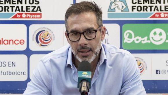 El uruguayo Gustavo Matosas se rindió ante el nivel de la selección peruana. (Foto: AFP)