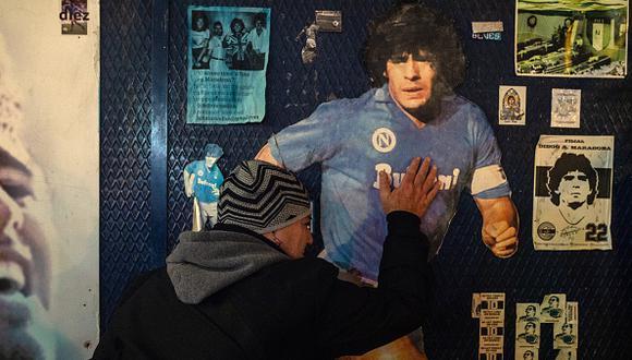 El adiós al Diego de Nápoli, club que vio la gloria gracias a la zurda de Maradona y que hoy llora su partida. (Foto: Getty Images)