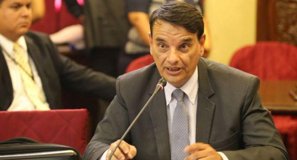 IIRSA Sur: Ex funcionario da cuenta de otra contradicción en el acta de Proinversión. (Congreso)