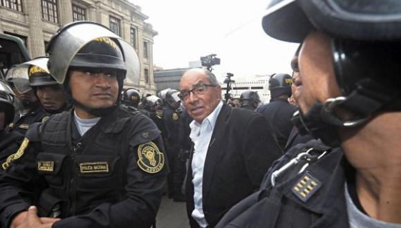 Edwin Donayre se encuentra prófugo de la justicia desde el último jueves 2 de mayo, tras ser desaforado por el Congreso. (Foto: GEC)