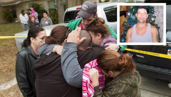 Impactados. Los familiares de Jeff Bush lloran su desaparición. (AP)