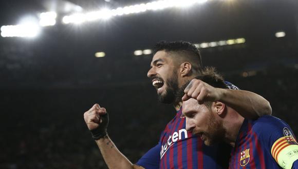 Fotografía de marzo de 2019 cuando Lionel Messi celebra con Luis Suárez después de anotar durante los octavos de final de la Liga de Campeones de la UEFA, partido de vuelta entre el FC Barcelona y el Olympique de Lyon en el estadio Camp Nou de Barcelona (Foto: Pau Barrena / AFP)