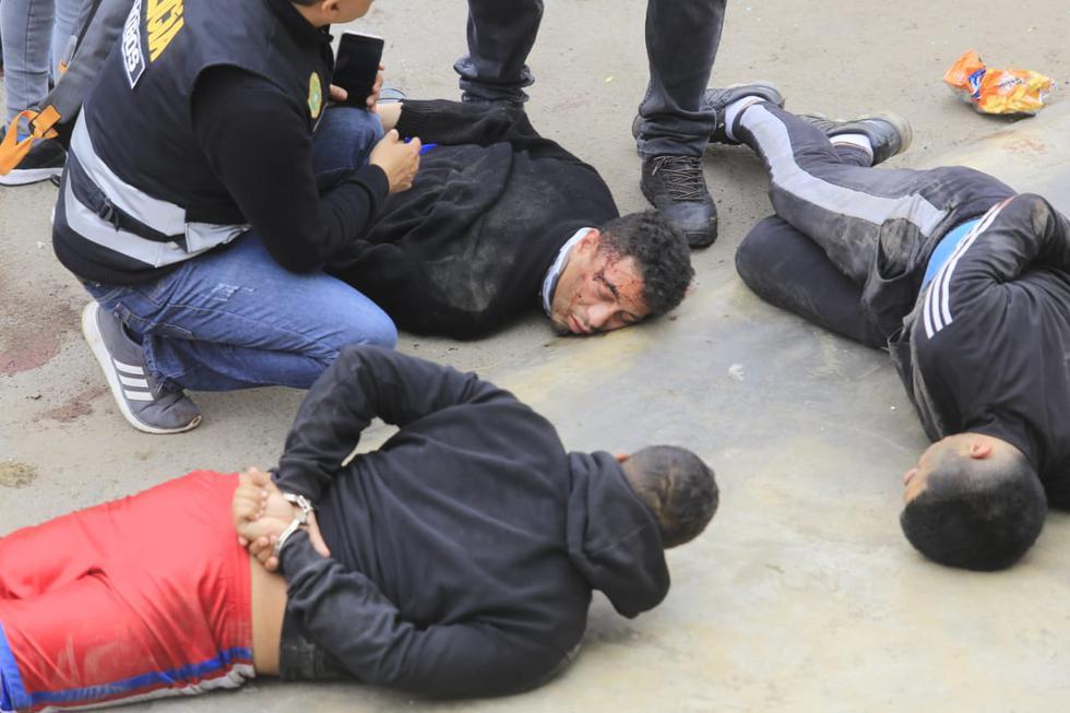 Callao: Policía abate a dos 'marcas' que pretendían asaltar un banco con granadas (Jessica Vicente)